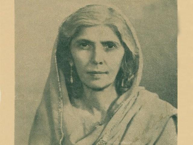 مادرملت محترمہ فاطمہ جناح کا آج 121واں یوم پیدائش منایا جارہا ہے