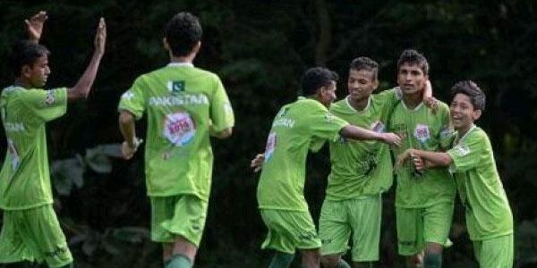 پاکستانی اسٹریٹ چائلڈ فٹبال ٹیم نے پری کوارٹر فائنلز میں جگہ بنالی