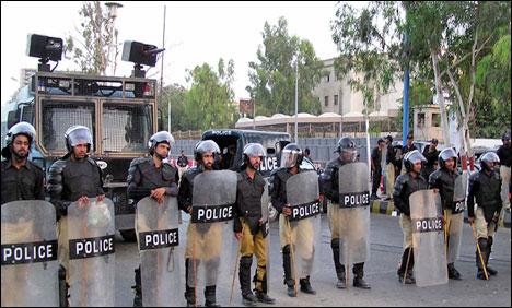 کراچی میں سابق فوجی اہلکار وں کی بطور پولیس کانسٹیبل بھرتی