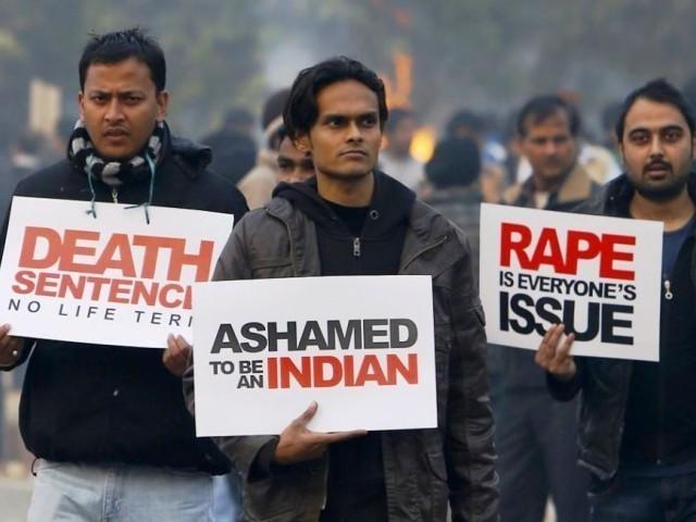 کیا بالغوں کا قانون بھارت میں ریپ کے واقعات روک پائے گا؟
