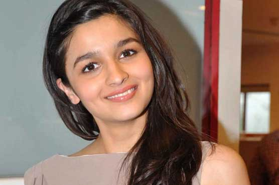 I'm a very clumsy human being, says Alia Bhatt
