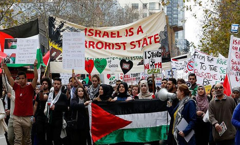 اسرائیلی حملوں میں مزید 8 فلسطینی جاں بحق،کئی ملکوں میں مظاہرے