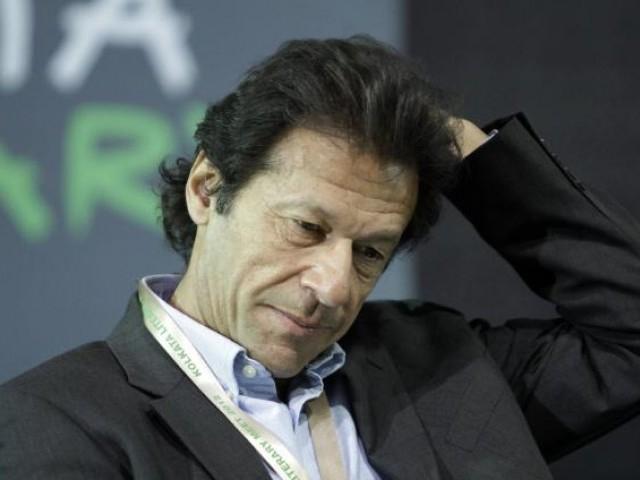 عمران خان پر شادی کیلیے خاندان والوں کا شدید دباؤ
