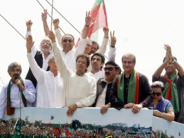 وزیراعظم سے استعفیٰ لینے اسلام آباد جارہے ہیں، عمران خان