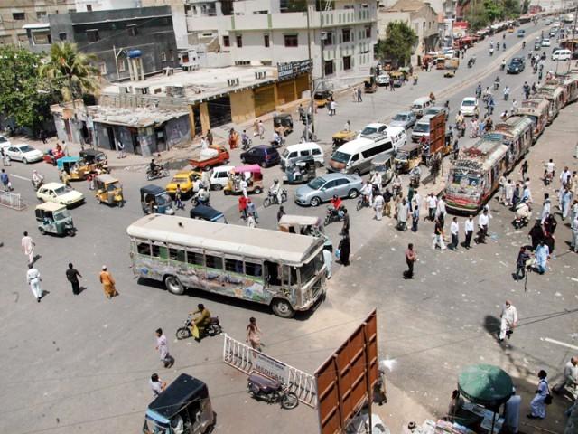 کراچی میں ٹرام چلانے کا فیصلہ،