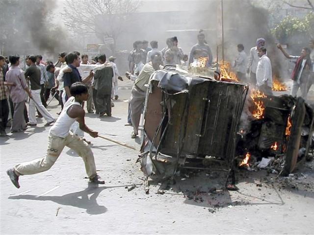 Two Muslim men beaten by mob in Indian village