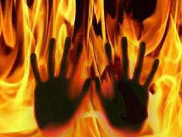 ھارت میں اونچی ذات کے ہندوؤں نے دلت خاندان کے 2 کمسن بچوں کو زندہ جلا ڈالا