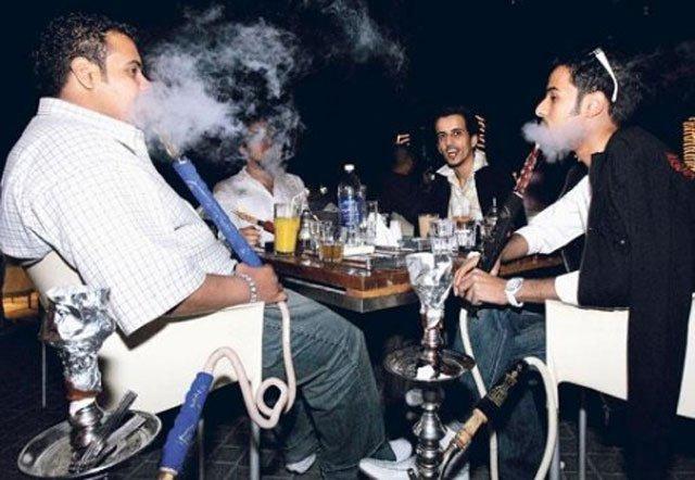 SC orders immediate closure of Sheesha Bars