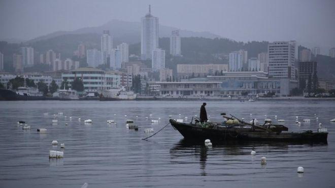 Japanese police quiz 'North Korea defector'