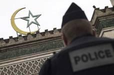 فرانس میں 8 ماہ کے دوران 20 مساجد بند