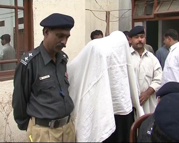 two-suspected-target-killers-arrested-in-karachi