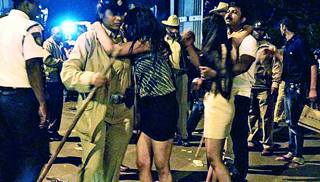 indian-minister-blames-western-dress-for-sex-attacks