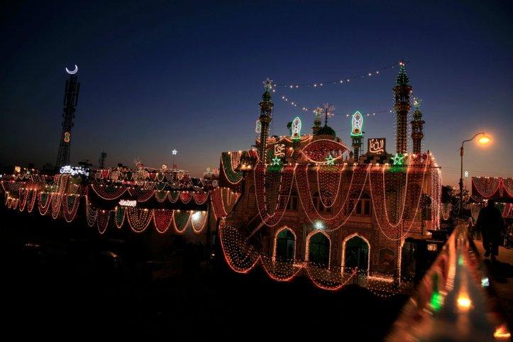 Pakistan lights up for Eid Milad-un-Nabi (PBUH)